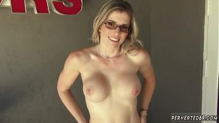 Real brunette milf first time sucking his salami in comeback for a
